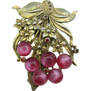 Dress clip with flowers and berries
