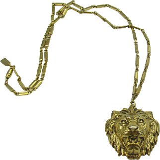 Anne Klein for Accessocraft Large Lion Head pendent Necklace