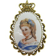 FLORENZA Beautiful Limoges Lady pendent 10 DOLLAR SPECIAL