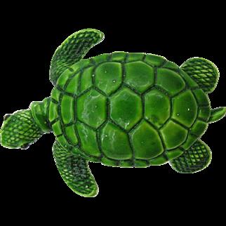 Cute little enameled Sea Turtle brooch