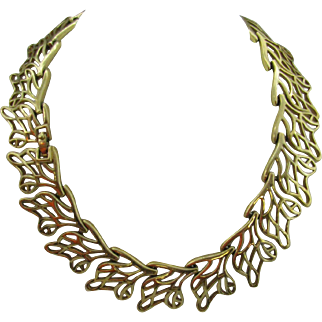 Monet at their Finest Necklace leaf pattern
