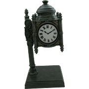 Marshall-Fields-150-Year-Commemorative-Tiffany-Quoizel-Clock-Table-Lamp