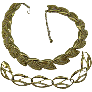 Gold tone abstract Leaf design Necklace and bracelet set