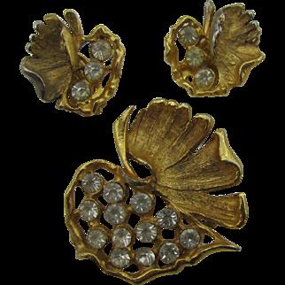 Pretty gold tone and rhinestone fall leaf Pin and earrings