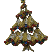 Frosted Christmas tree pin with colorful trim