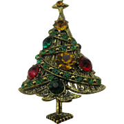 Beautiful Hollycraft Rhinestone Ribbon Christmas tree brooch Book piece