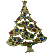 Pretty Christmas tree pin with swagged branches