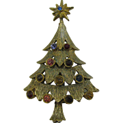 Unsigned Christmas Tree pin gold-tone colored Rhinestones