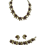 LIsner Parure Necklace, bracelet, earrings in gold tone and Red Great for the holidays