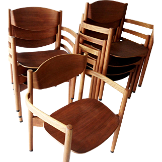 8 Jens Risom  Danish Modern Dining chairs all w/arms, Stackable