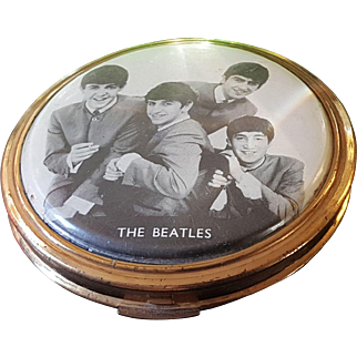 Ultra Rare The Beatles Compact w/ powder puff