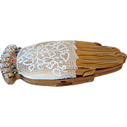 """Vintage Volupte """"Gay Nineties White Lace Mitt"""" Compact Figural Shape Hand Golden Guester  Glove"""
