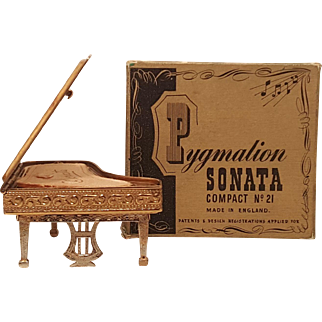 RARE Vintage Pygmalion Sonata Piano Compact w/ ORG. BOX & sleeve Figural NOVELTY