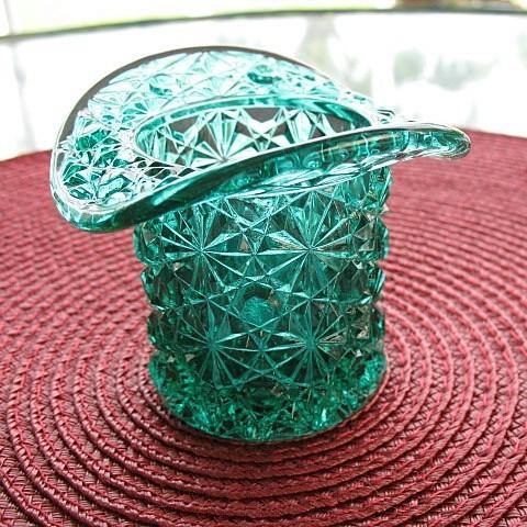 Daisy button hat green novelty toothpick holder from pastwareslane on ruby lane - Novelty toothpicks ...