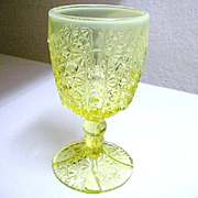 Daisy Button Thumbprint Goblet Canary Opalescent