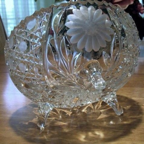 Tri-Footed Bowl Daisies and Cane Cut and Pressed 8 inch Round McKee Innovation