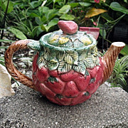 Tea Pot  Strawberry Takahashi Ceramic