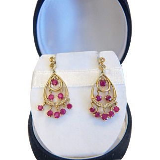 Vintage Diamond and Ruby ear studs, 14k yellow gold, ca. 1960
