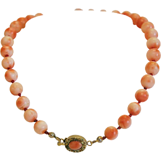 Antique Coral bead necklace, gilt silver closure, 19th century