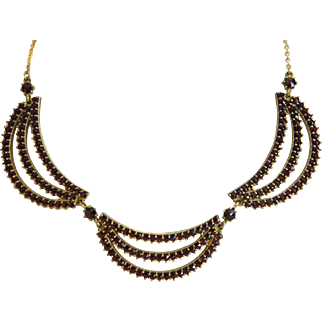 Vintage Garnet necklace, 9k yellow gold, ca.1950