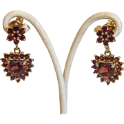 Vintage Garnet ear studs, 14k yellow gold, ca. 1970