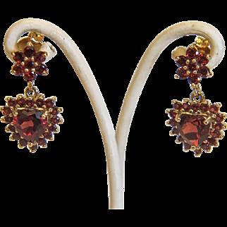 Vintage Garnet ear studs, 14k yellow gold, ca. 1970