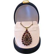 Antique drop shaped Garnet pendant, 9k yellow gold, 19th century