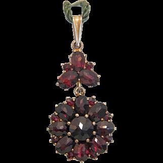 Victorian Garnet flower pendant, gilt silver, 19th century