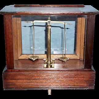 H. Kohlbusch Apothecary Balance Scale