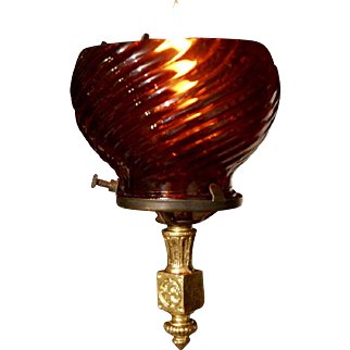 Gas Cigar Lighter with Ruby Swirl Shade