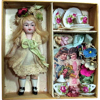"Tiny 3 1/4"" all bisque Antique German Miniature Dollhouse doll in Display box"