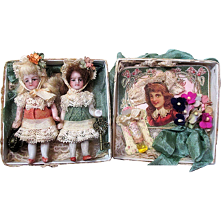 """Two tiny 3"""" All Bisque Antique German Miniature Dollhouse Doll sisters in Display box"""