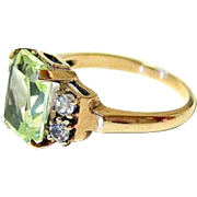 Mid Century Pale Green and White Spinel 10K Yellow Gold Ring