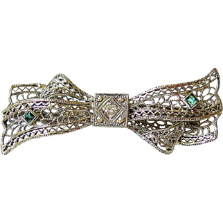Late Edwardian Early Art Deco 14KT White Gold Diamond Green Tourmaline Filigree Brooch – Hallmarked