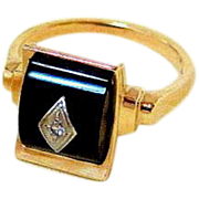 Art Deco 10KT Yellow Gold Bombe Onyx Diamond Ring