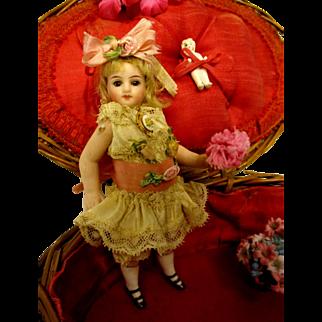 French Mignonette Swivel Head PLUS Antique Presentation Box