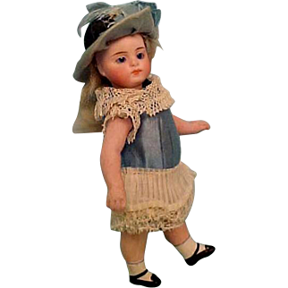 "All Bisque Mignonette 5.5""  Crispy Original Dress!  Swivel Head Peg Jointed"