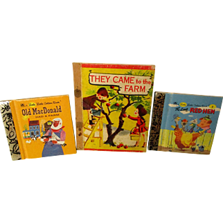 Small Books (Golden) For Your Dolls to Hold