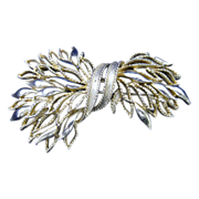 Lisner Two Tone Gold Pin/Brooch