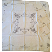 Linen Tablecloth & 4 Napkins for Tea Table