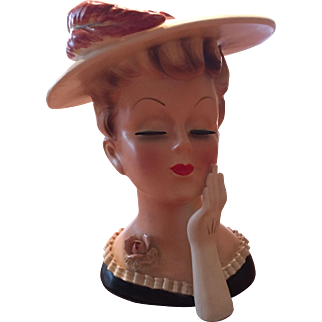 """Lefton 7"""" Lady Head Vase #2359 1950'S Red Feather Society Lady Hat Glove Label"""