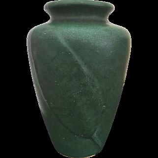 Art & Crafts Zanesville Stoneware Pottery Matte Green Leaf / Feather Vase #102