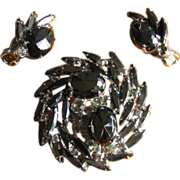 Vintage 1960s Juliana Black AB Rhinestone Swirl Brooch and Earrings Set
