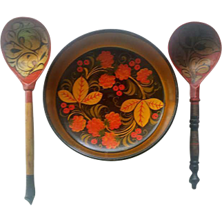 Vintage Russian Khokhloma Floral Berry Hand Painted Spoons and Bowl