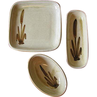 Vintage Ceramic Galleon Ware Cattail Small Serving Bowls - Set of 3