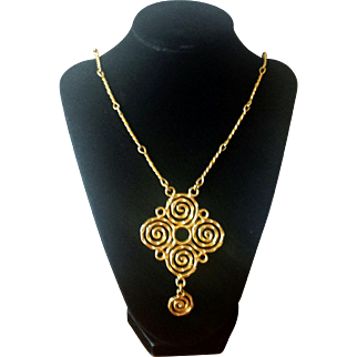 Vintage 1970s Hammered Metal Long Swirl Pendant Necklace
