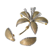 Vintage Nettie Rosenstein Tremblant Rhinestone Lily Brooch and Earrings Set