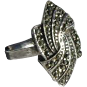 Vintage Marcasite and Sterling Silver Fan Ring