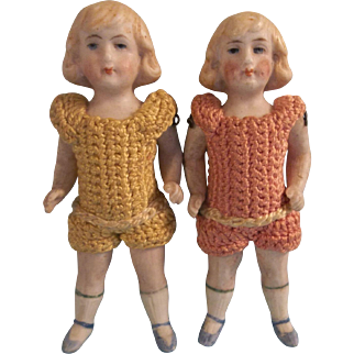 """Sweet Twin Antique 3-3/4"""" German All Bisque Doll House Size Dolls in Crochet Outfits"""
