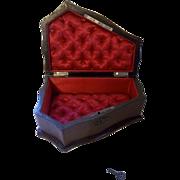 Beautiful Victorian Jewelry Keepsake Display Box with Key
